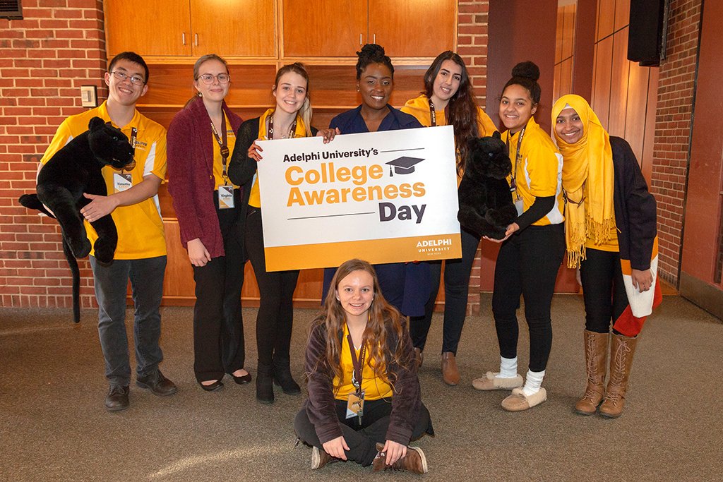 Group Shot of students that attended College Awareness Day at Adelphi